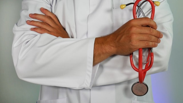 What procedures can medical assistants perform?