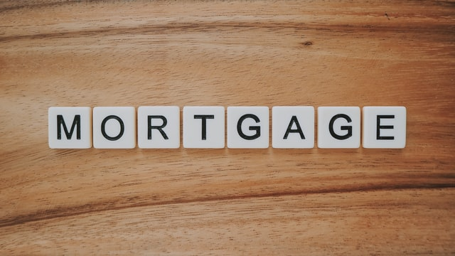 Can you switch mortgage lenders before closing?